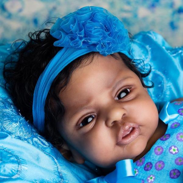 baby Esme By:L.L.E