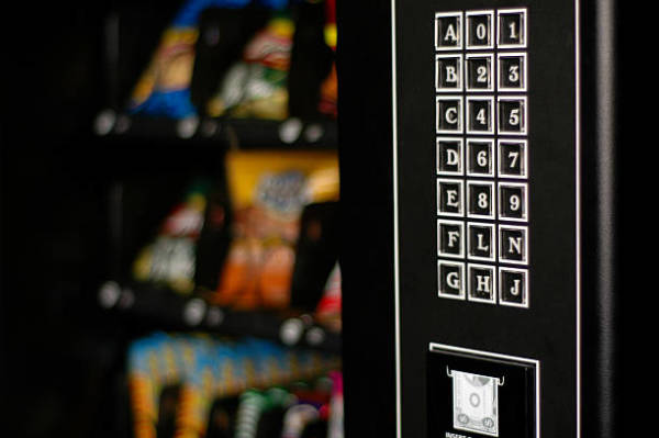 Factors to Consider When Buying a Vending Machine