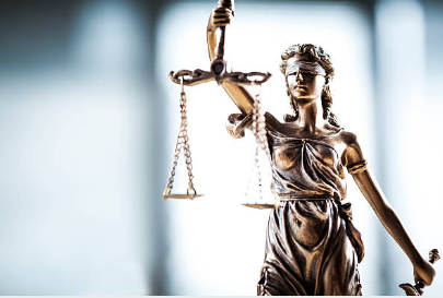 A Guide on Hiring a Lawyer