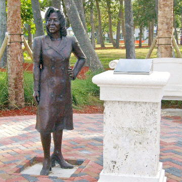 CeeCee Ross Memorial in the Liberty Garden at the Riverwalk Center