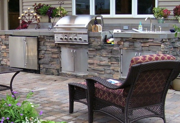 Paver Patio and Outdoor Kitchen