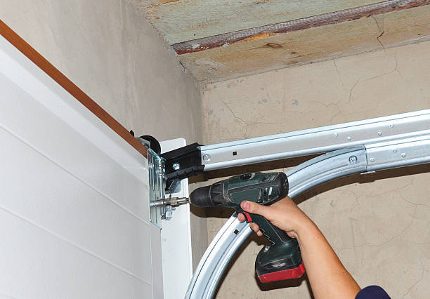 What to Look For In Garage Door Repair Services