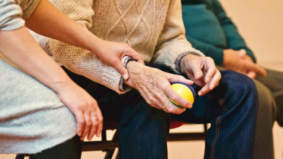 Tips of Finding Senior Care Facility