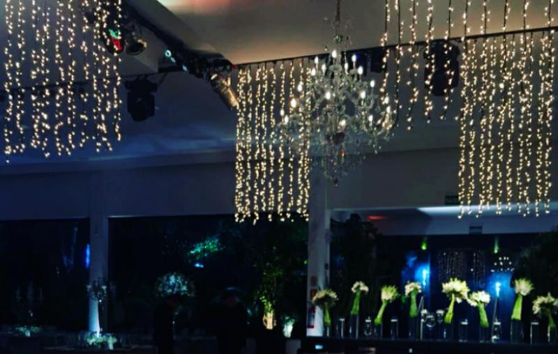 elvio sobuck; rochedo producoes tecnicas; som e luz;sonorização;eventos sociais;casamento;eventos;luzinhas;eventos;cortina de luzinhas