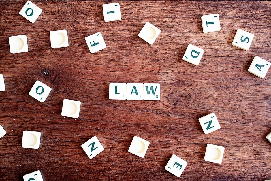 Top Factors to Consider before Using the Services of A Law Firm
