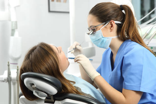 Factors to Consider when Hiring a Cosmetic Dentist