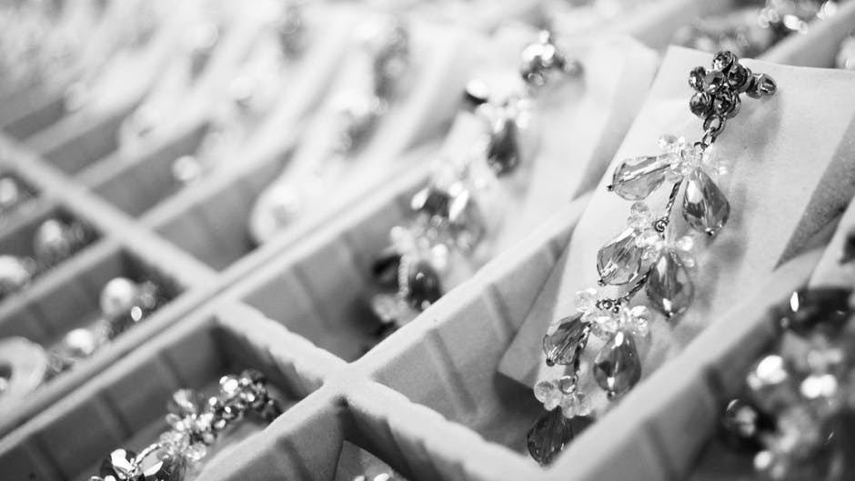 Attributes of the Best Custom Jewelry Shops