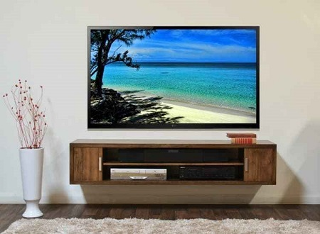 tv wall mounted - no wires showing