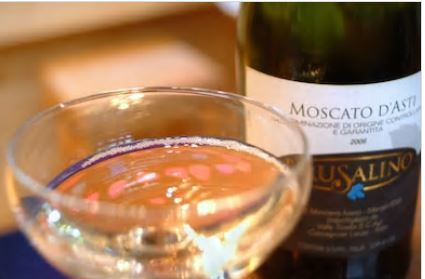 MOSCATO D'ASTI: A GRAPE IN A GLASS