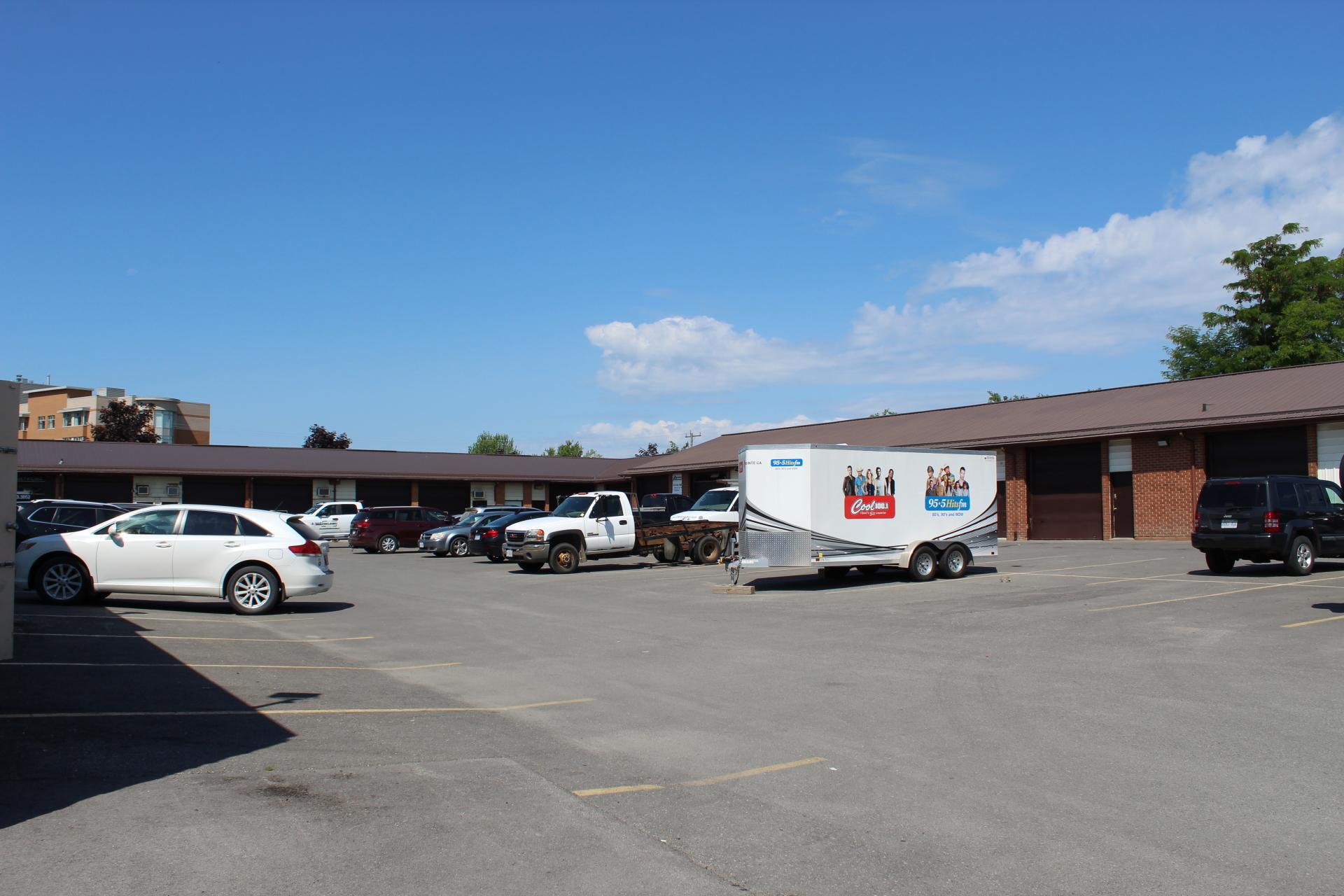 Belleville Units - 444 Dundas Street West - Back Units
