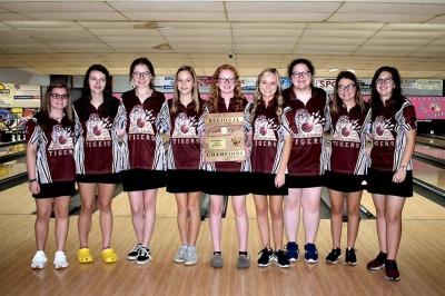 Hardin County - Region 7 Girls Champions