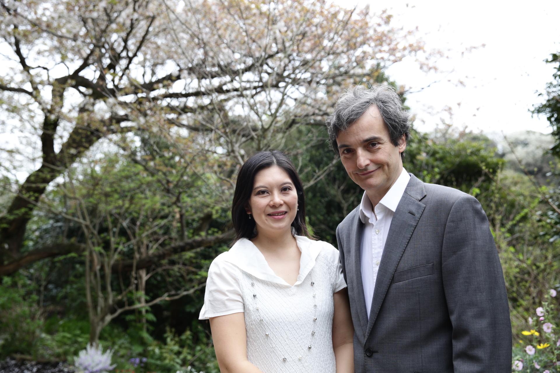 Mayumi Iida Stone and Colin Stone
