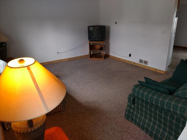 174 Susan #1 - Living Room