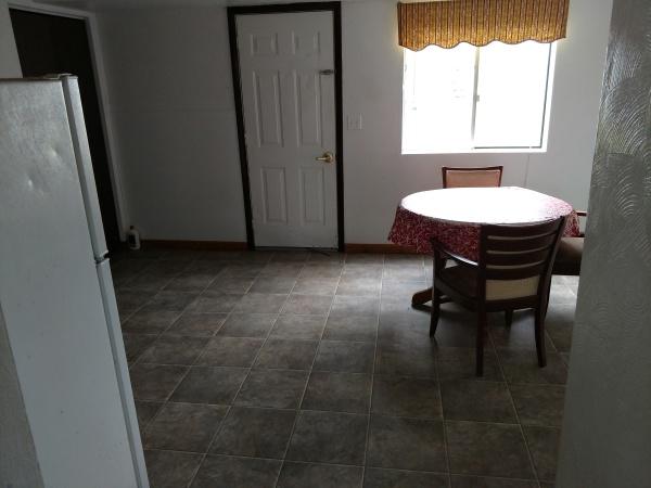 174 Susan #3 - Dining Area