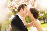Simple wedding planning through Valentine Weddings