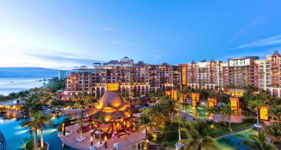 Villa del Palmar Cancun Luxury Beach Resort and Spa