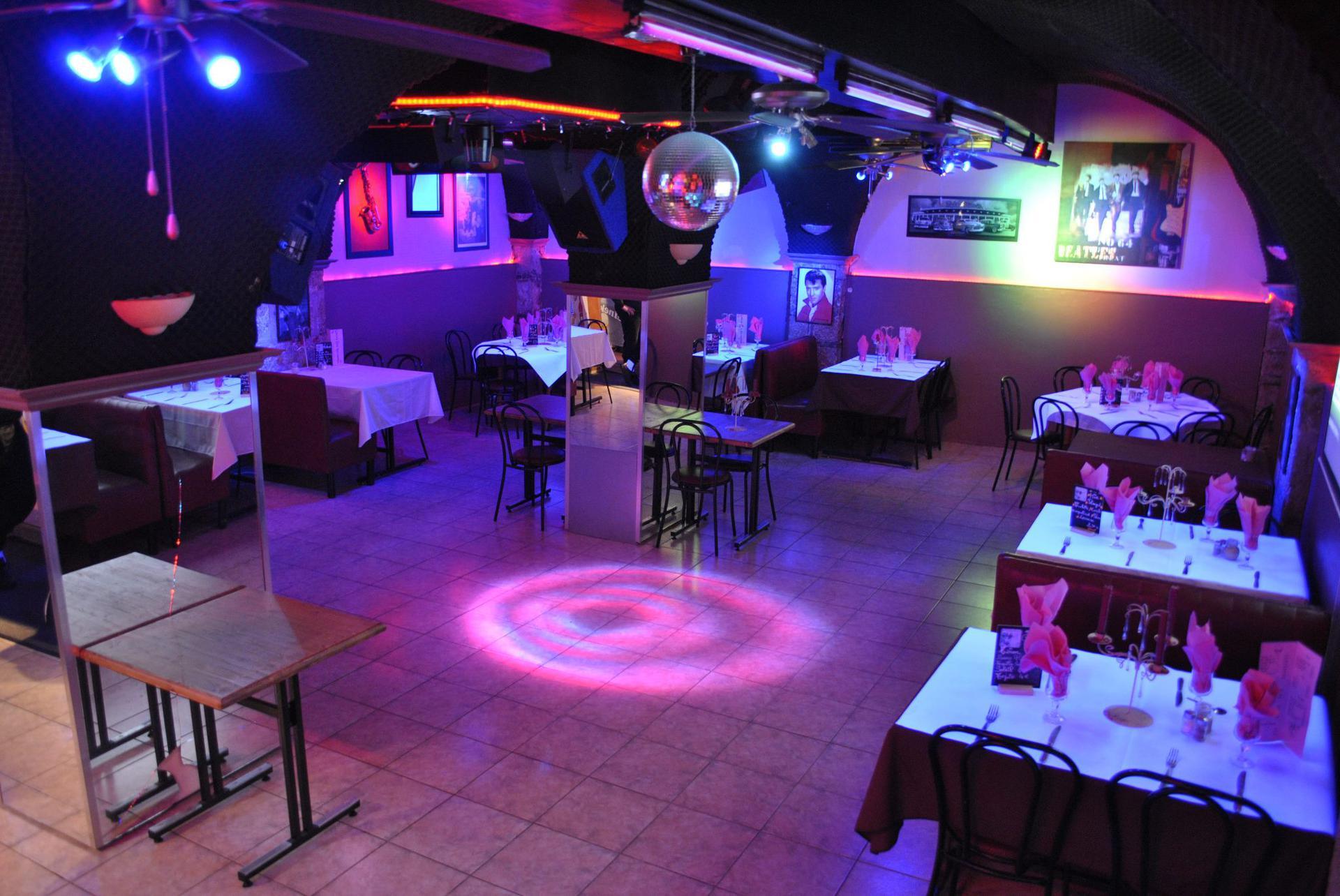 Les Sixties restaurant