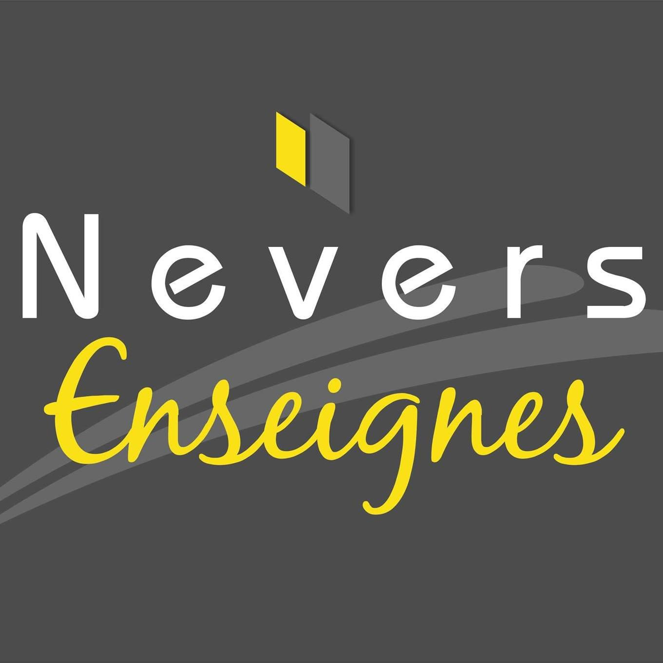 Nevers Enseignes bar, piano-bar, pub