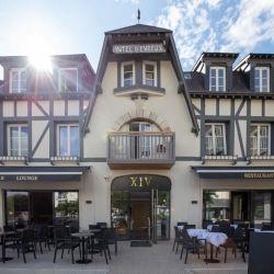 Le Quatorze XIV café, bar, brasserie