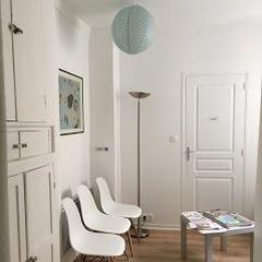 Sandrine Baudeau Hypnotherapeute Humaniste Paris - hypnose et aromatherapie relaxation