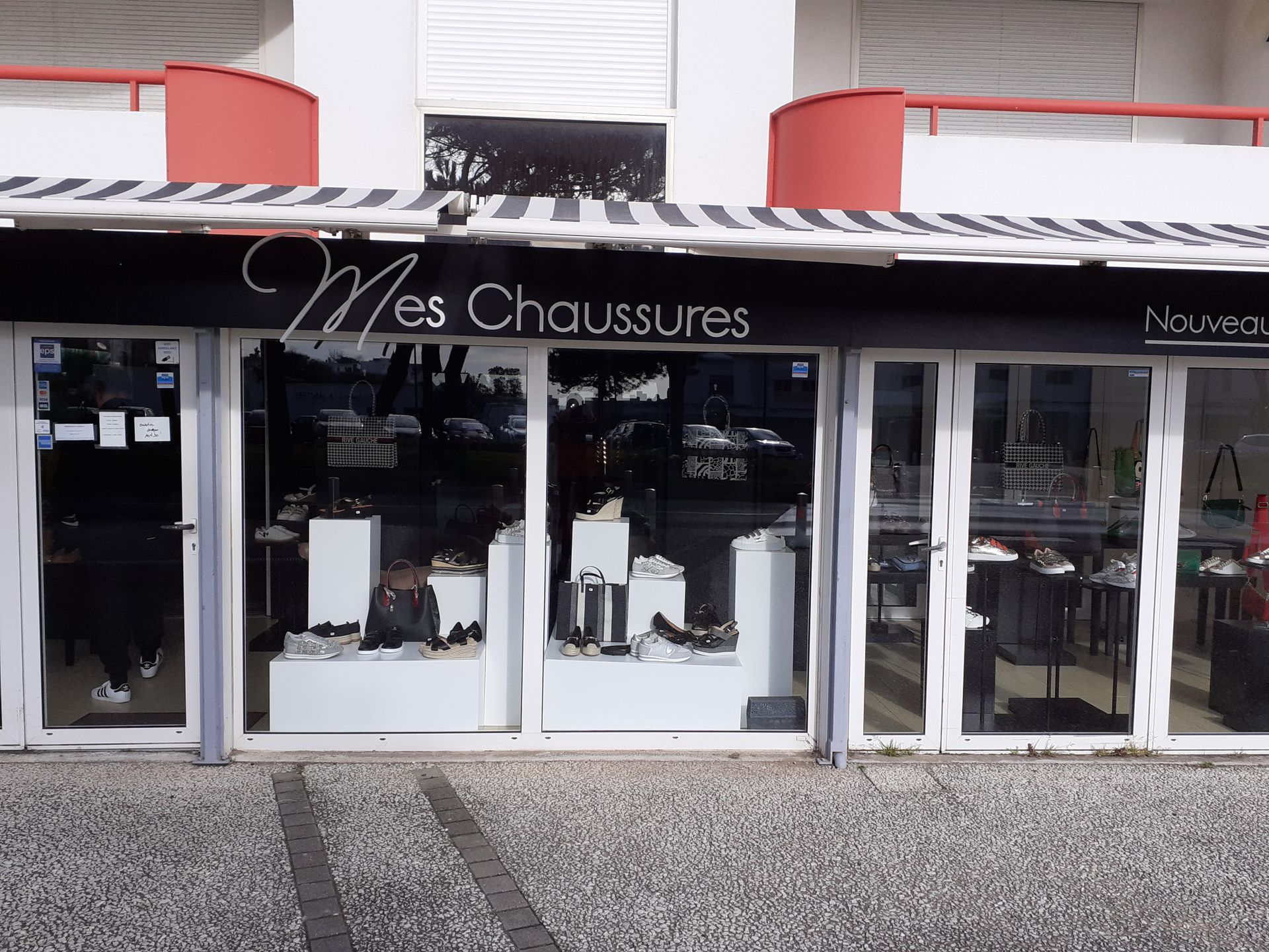 Mes chaussures chaussures (détail)