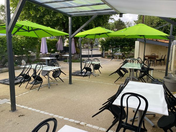 Au Jardin Public bar restaurant restaurant