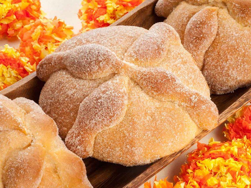 Receta de Pan de Muerto Keto