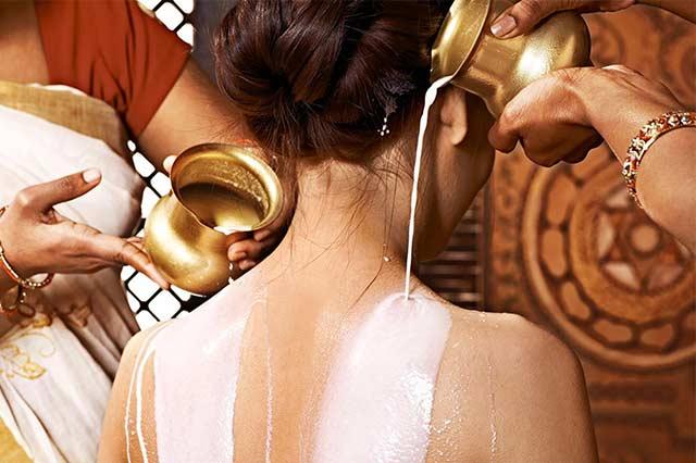 ¿Por qué Cleopatra se bañaba en Leche de Burra?