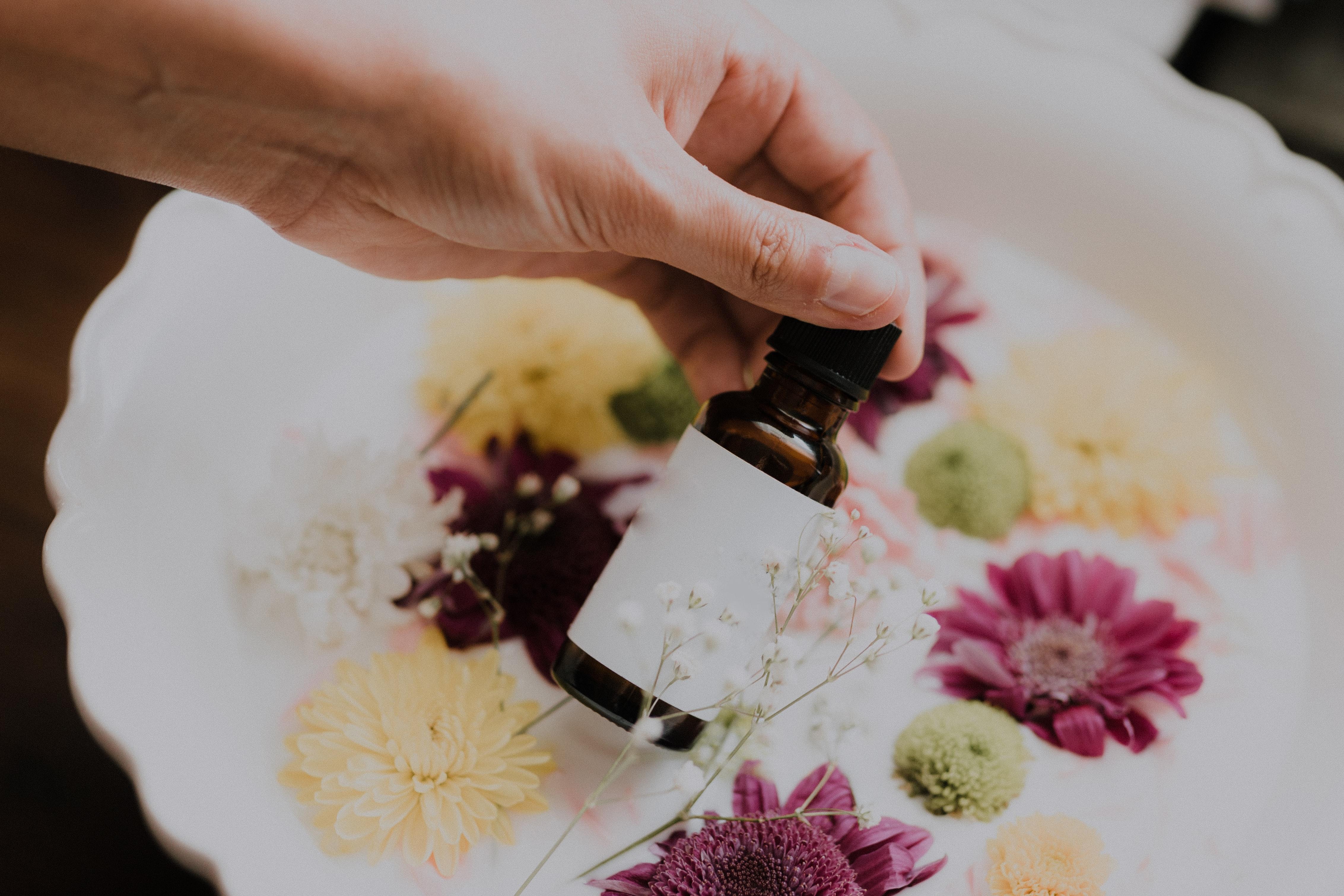Las 5 maravillas de los aceites esenciales en la aromaterapia