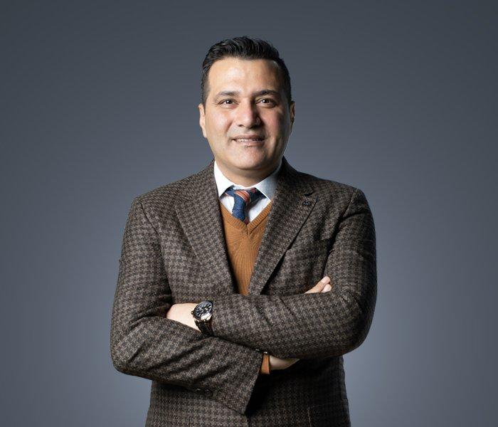 Op. Dr. Levent Aydar
