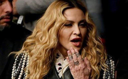 Madonna'nın elleri