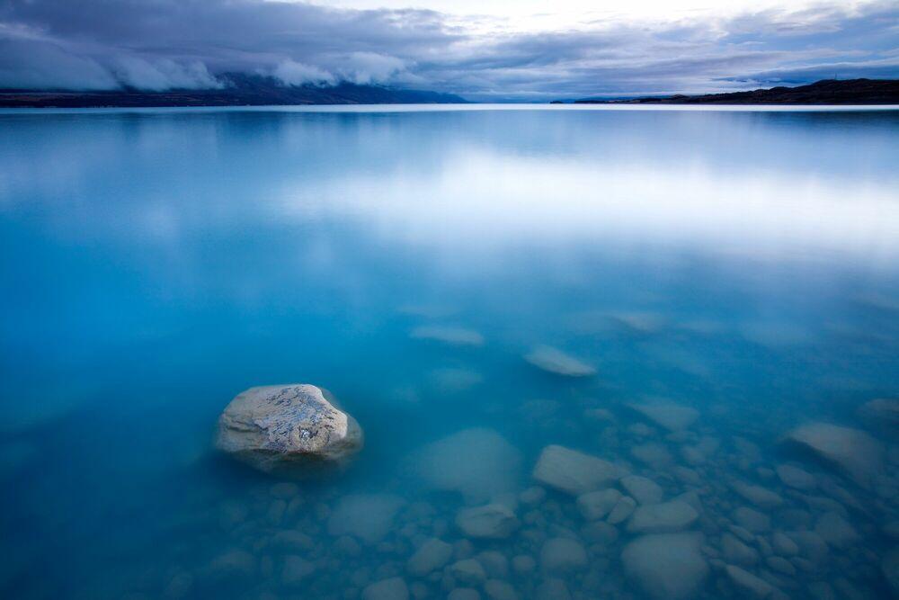 Photograph Blue Dawn - ADAM BURTON - Picture painting