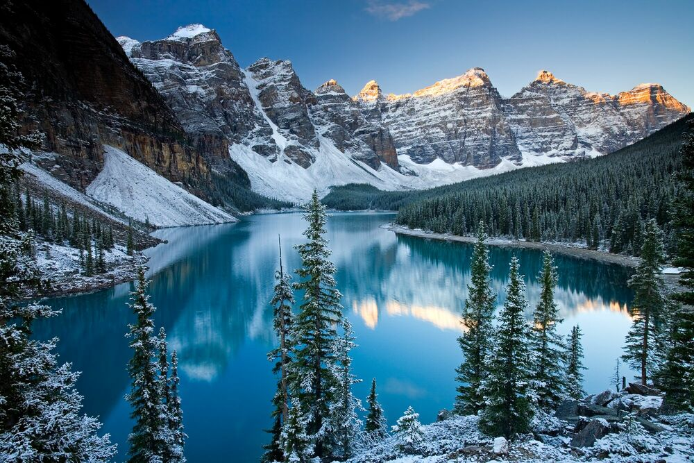 Photograph Valley of the Ten Peaks - ADAM BURTON - Picture painting