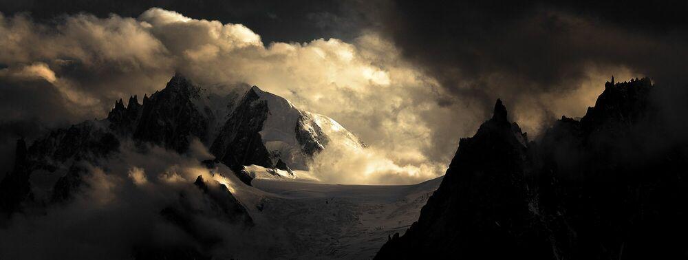 Photograph Aiguilles massif du Mont-Blanc - ALEXANDRE DESCHAUMES - Picture painting