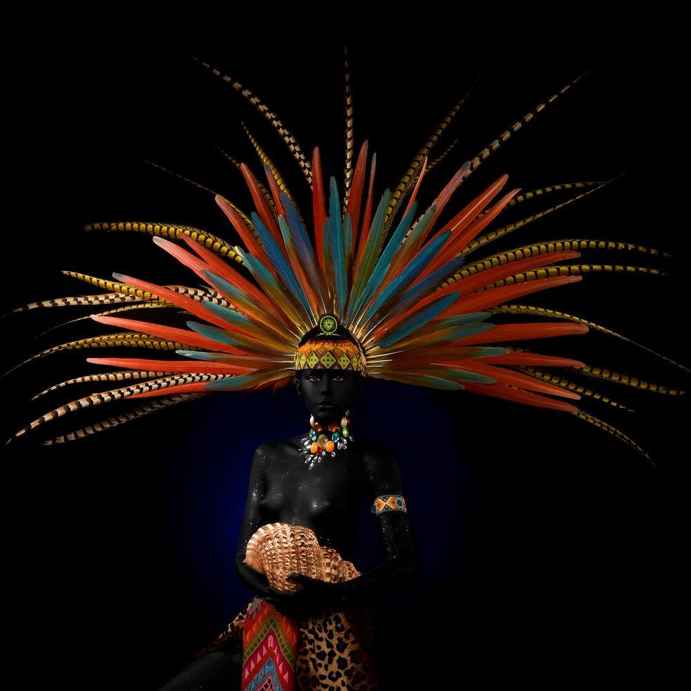 Fotografia MAYA GODDESS THE SEASHELL - ALFREDO SANCHEZ - Pittura di immagini