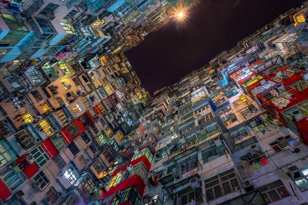 Fotografia VERTICAL CITY - ANDY YEUNG - Pittura di immagini