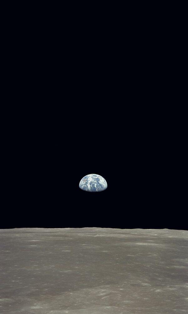 Fotografia Lever de terre - APOLLO 11 NASA - Pittura di immagini