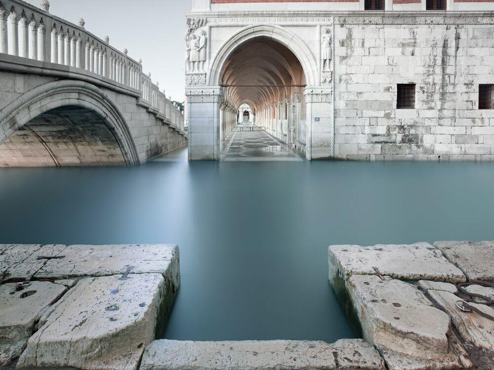 Fotografía Deep end Venice - ARNAUD BATHIARD - Cuadro de pintura