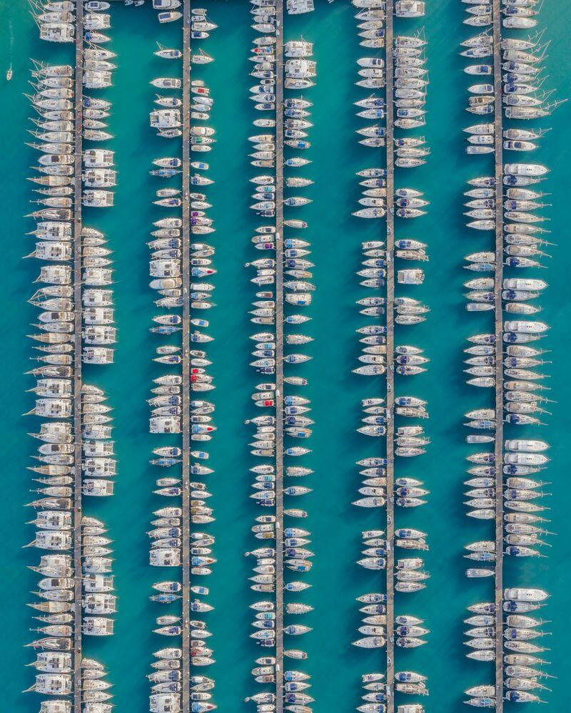 Fotografia HERRINGBONES - COSTAS SPATHIS - Pittura di immagini