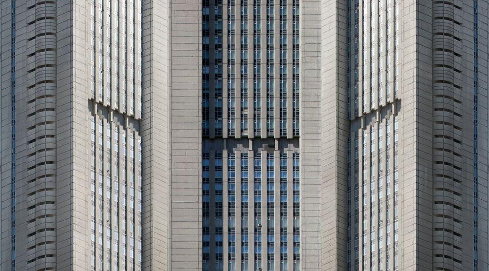 Fotografia SYMPHONY OF ARCHITECTURAL FORMS 2 - EKATERINA BUSYGINA - Pittura di immagini