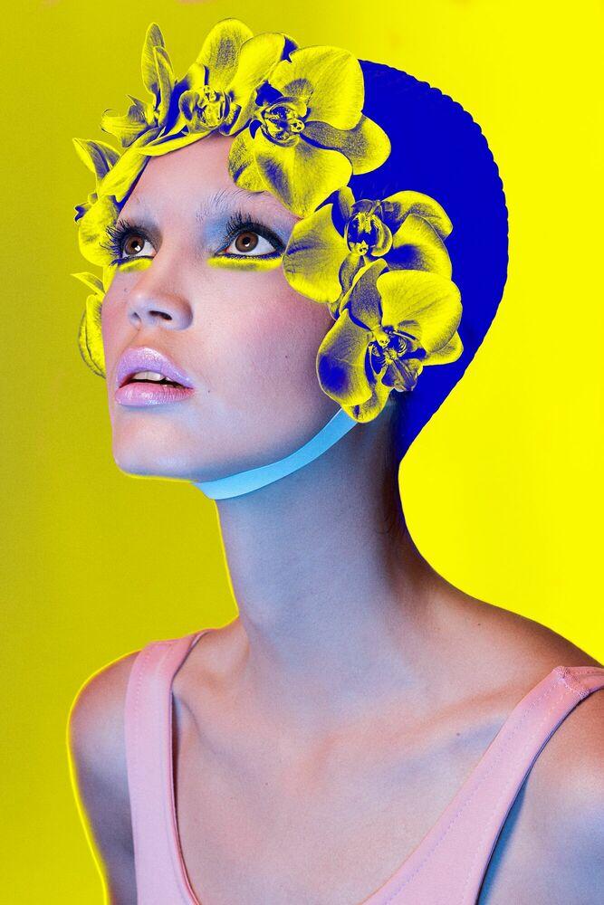 Fotografia WHAT COLOUR IS YOUR PARADISE - ELENA IV-SKAYA - Pittura di immagini