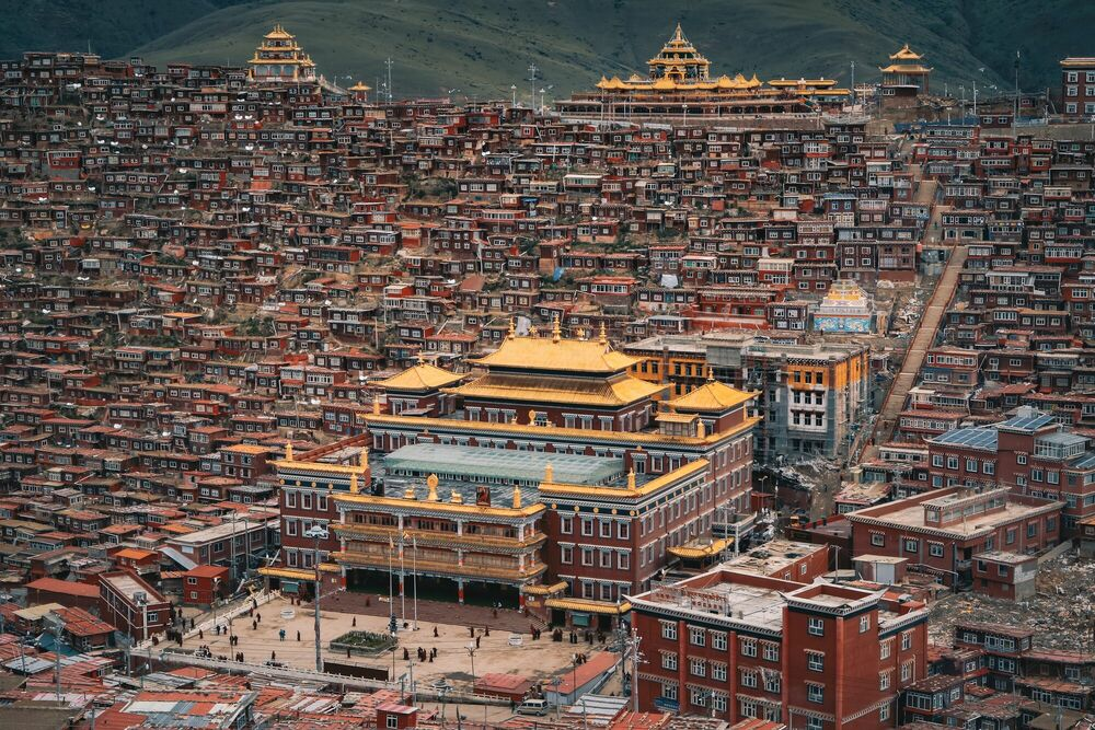 Fotografia BUDDHIST INSTITUTE - FLORIAN DELALEE - Pittura di immagini