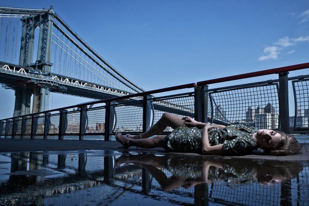 Fotografie Irina manhattan bridge -  FORMENTO+FORMENTO - Bildermalerei