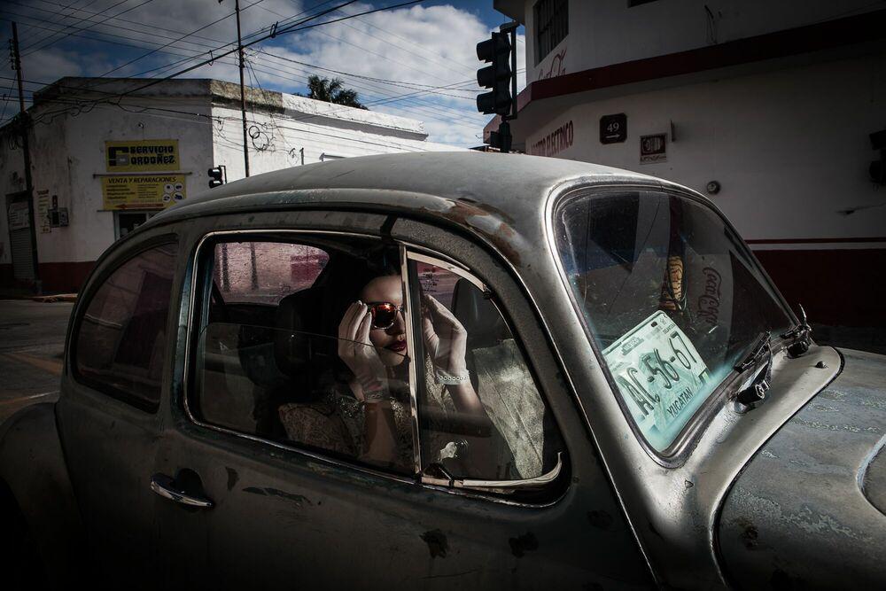 Fotografia Rebecca beetle -  FORMENTO+FORMENTO - Pittura di immagini