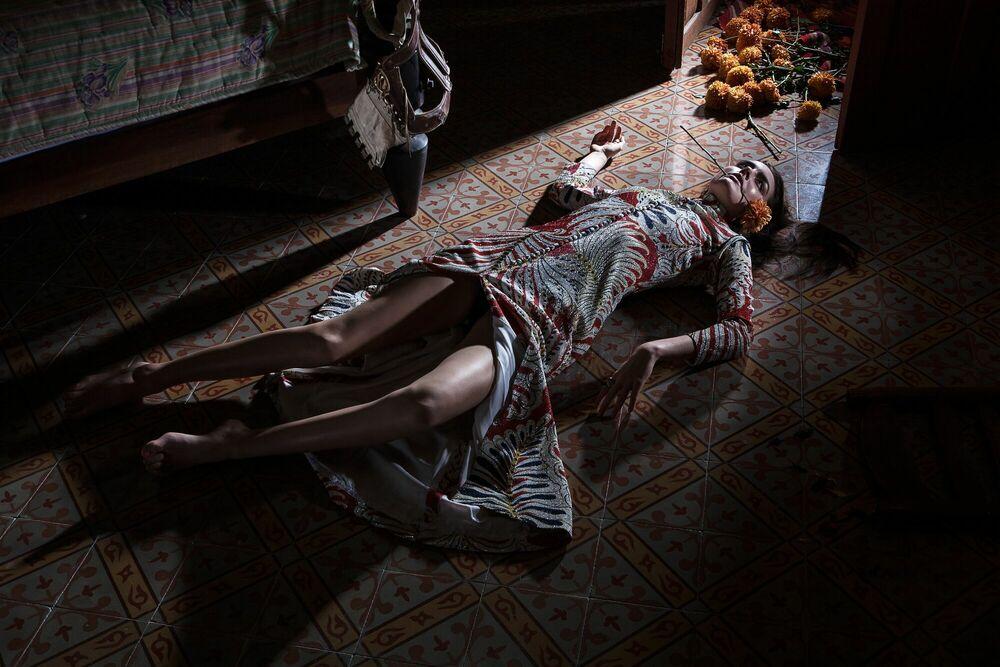 Fotografia Rebecca magnolia -  FORMENTO+FORMENTO - Pittura di immagini