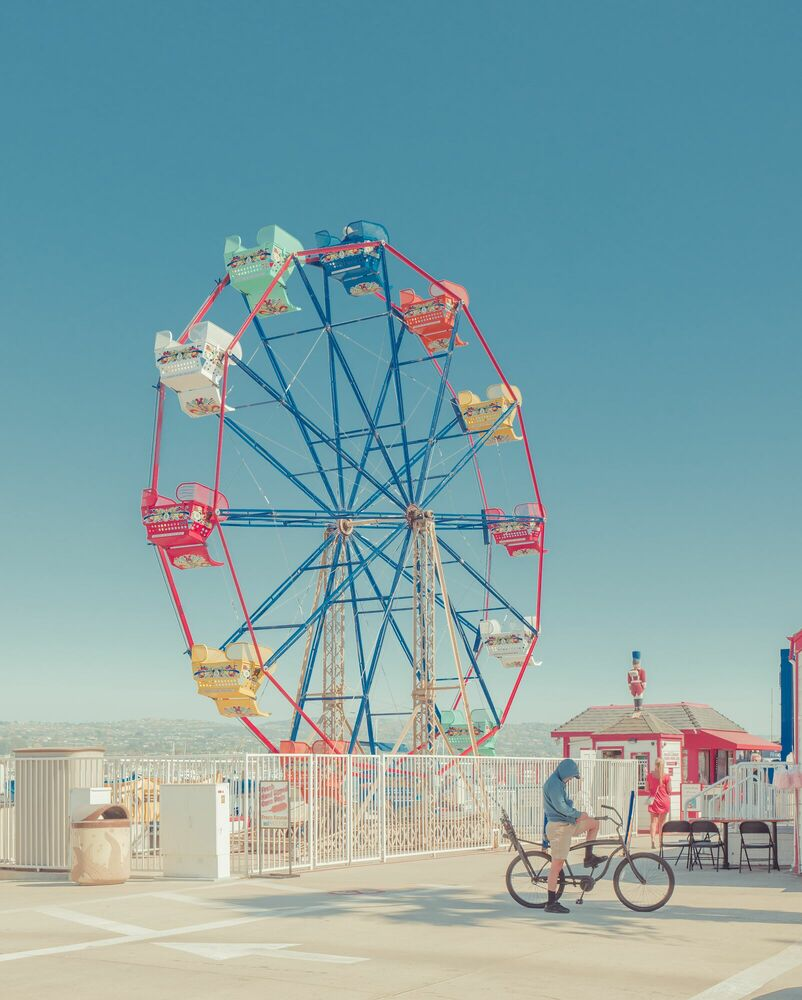 Photograph Ferry Wheel, New Port Beach - FRANCK BOHBOT STUDIO - Picture painting