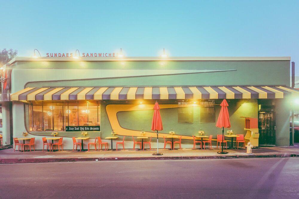 Photograph SUNDAES SANDWICHES LA - FRANCK BOHBOT STUDIO - Picture painting
