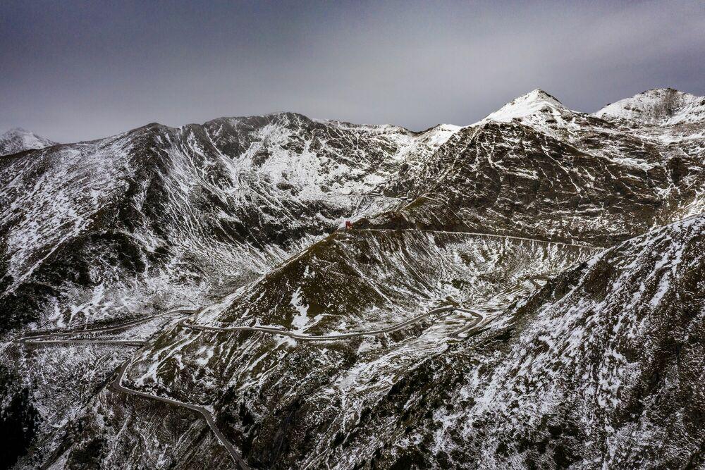 Fotografia FAGARAS MOUNTAINS - GEORGE BUFAN - Pittura di immagini