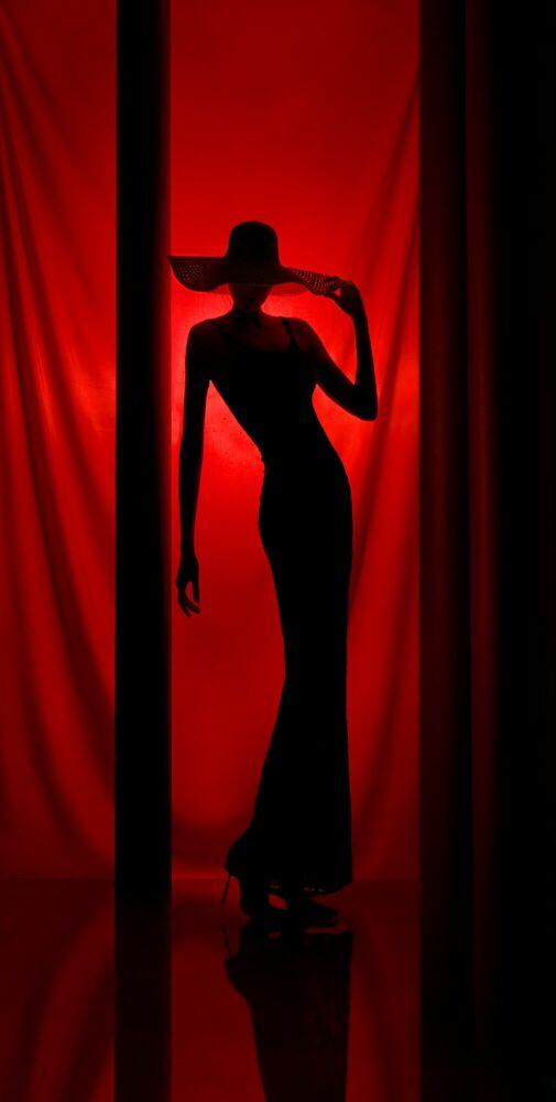 Fotografie Red Story #2 - ILYA RASHAP - Bildermalerei