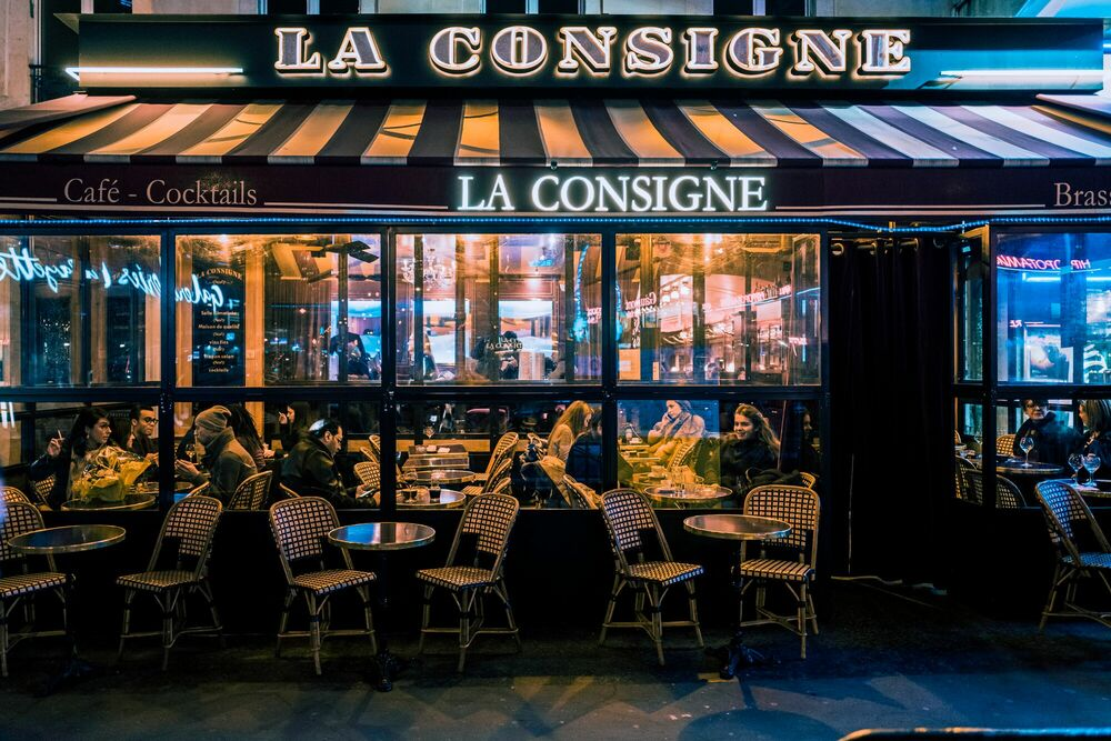 Fotografia LA CONSIGNE MONTPARNASSE -  JACK AND LUNA - Pittura di immagini